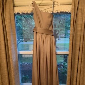 Vera Wang Biscotti Bridesmaid Dress